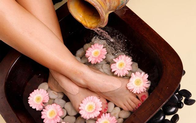 Nguyệt Viên Lầu Spa & Massage