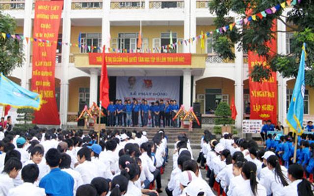 Trường THPT Lê Hồng Phong - Cẩm Phú