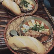 Bánh mì gà chảo