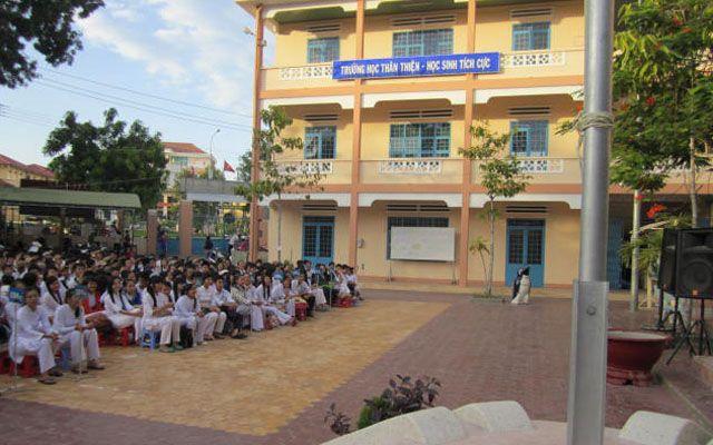 Trường THPT Phan Thiết - Trần Hưng Đạo