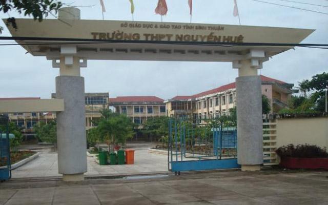 Trường THPT Nguyễn Huệ - Nguyễn Huệ
