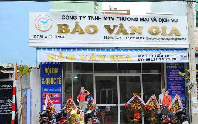 Phòng Vé Máy Bay Bảo Vân Gia - Tiểu La
