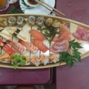 sushi set thuyền