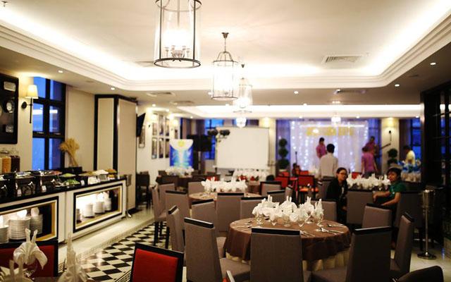 S'ngon Restaurant - Sanouva Danang Hotel