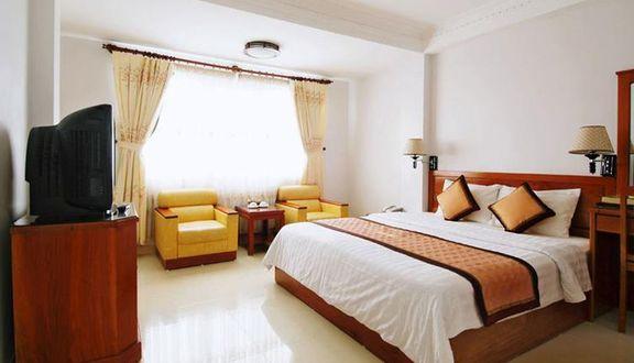 Khách Sạn Phương Đông - Nguyễn Lương Bằng