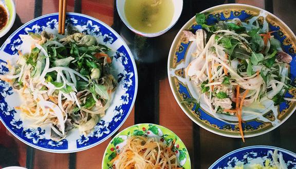 Cơm Gà Bà Thuận - Hai Bà Trưng