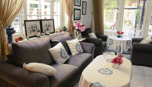 Ava Chocolate & Tea Room