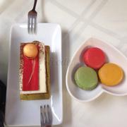 Tiramisu + macaron