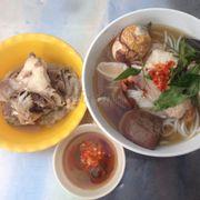 Trời quơi lúc nào từ Sài Gòn cũng ghé đây ăn, đồ ăn khỏi chê thêm cái tính hào sảng của cô chủ quán nữa thì không còn gì bằng