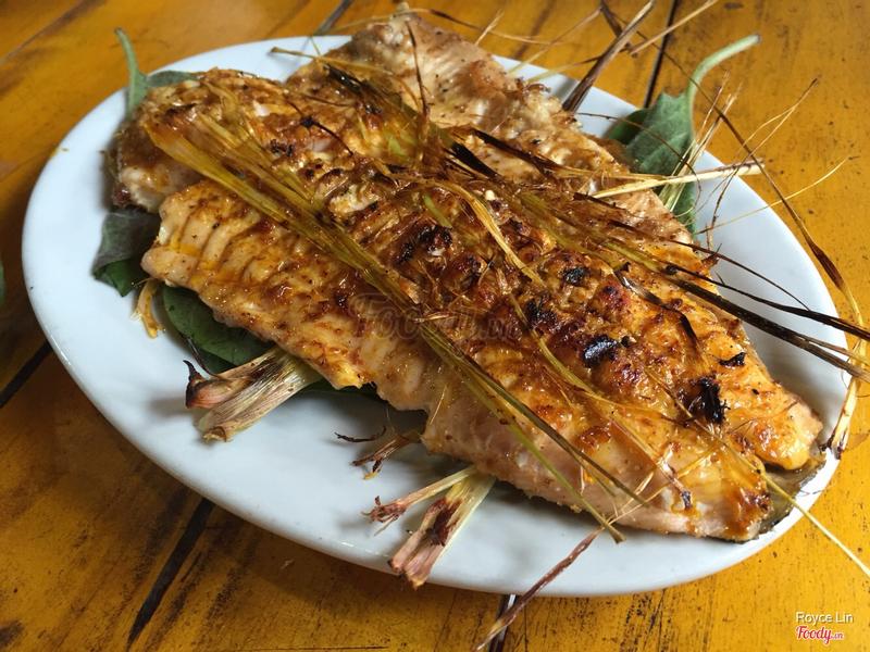 Cá hồi nướng - 1 con bé tẹo