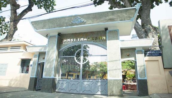 Trường THPT Ernst Thälmann - Trần Hưng Đạo