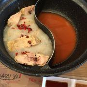Lẩu collagen và kimchi