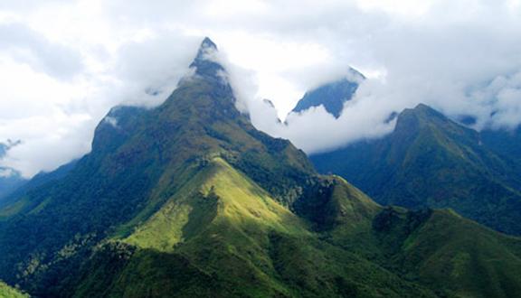 Núi Bạch Mã