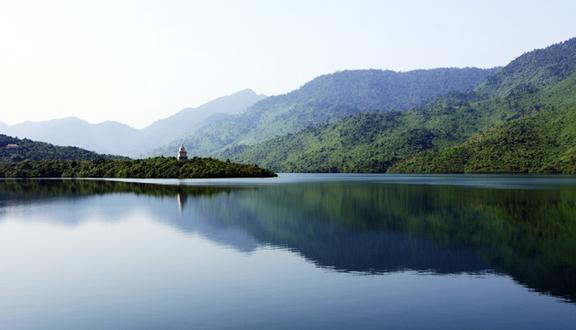 Khu Du Lịch Hồ Truồi