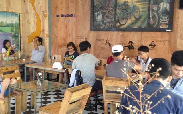 Dana Phượt Cafe