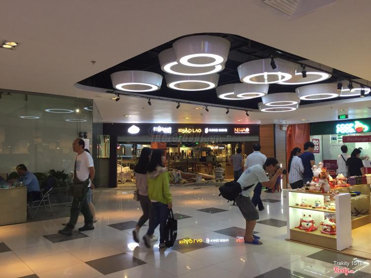 Taka Plaza Shopping Center ở TP. HCM