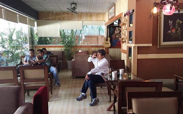 Bạn Và Tôi Cafe - Hòa Bình