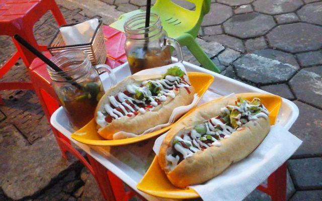 Hotdog Bamy - Quán Thánh