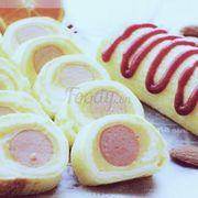 Trứng cuộn xúc xích phomai 20k