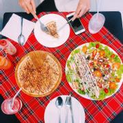 Okonomiyoki pizza + tropical salad