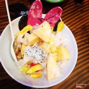 Lần đầu ăn thử mà ngon dã man :)) ra Sữa Chua mít chỉ thích gọi món hoa quả dầm này thôi