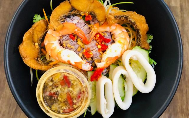 Long Thủy - Bún Thái Hải Sản - Nguyễn Ngọc Vũ