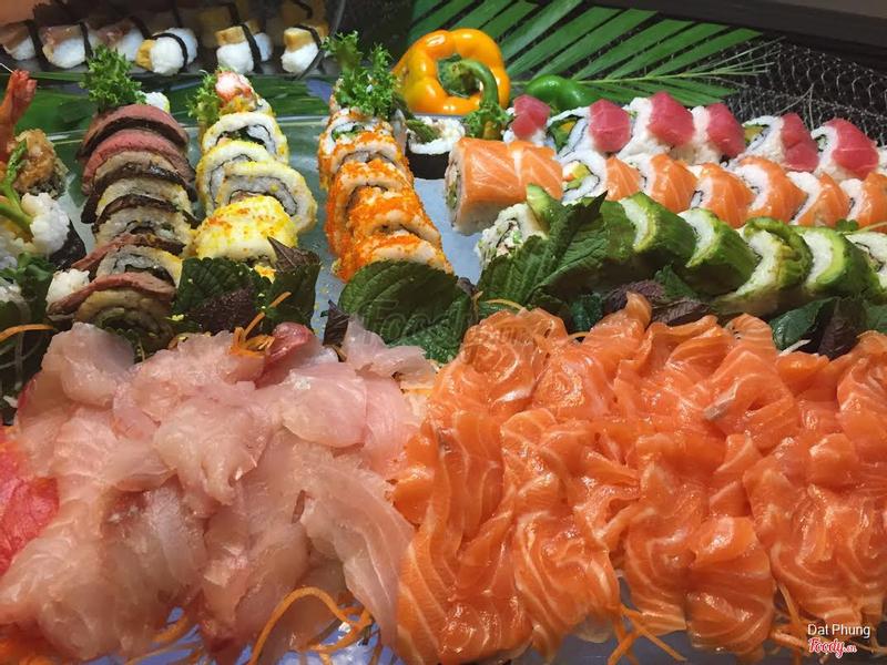 Sushi & Sashimi Counter