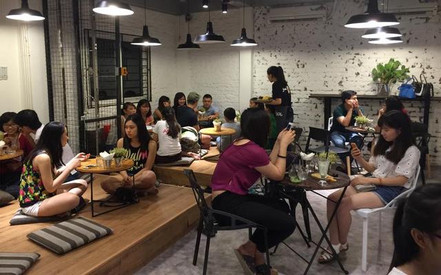 Aroi Dessert Cafe - Khương Trung