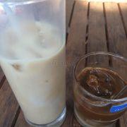 Sữa tươi, cà phê sữa đá