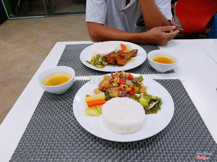 Cơm Ngũ Vị - Khương Trung Mới ở Hà Nội