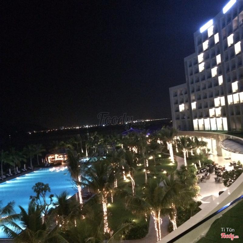 View biển về đêm
