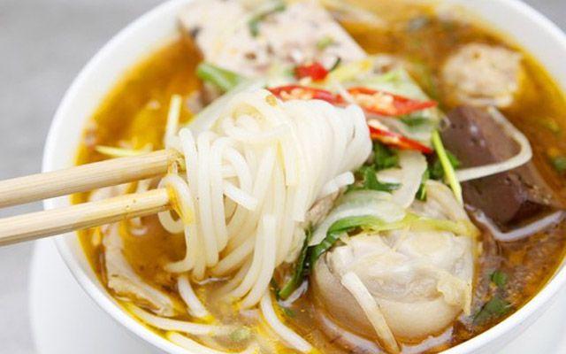 Bún Bò Huế - Minh Phụng