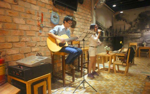 Tee Cafe - Cách Mạng Tháng 8