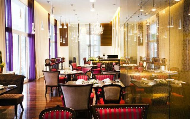 Lautrec Café - De l'Opera Hanoi Hotel