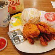Combo gà rán + hum burger
