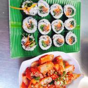 Sushi thịt bò- tokbokki chiên TT