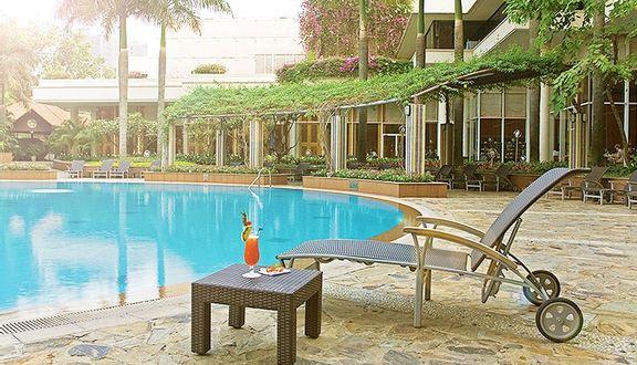 Tropicana Pool Bar & Eatery - Lotte Legend Saigon Hotel
