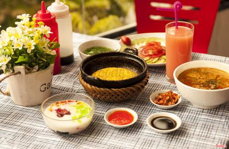KOMBO - Cơm Niêu Singapore - Giảng Võ