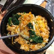 Cơm trộn HQ, nên chọn cơm trộn sốt gogi sẽ ngon hơn