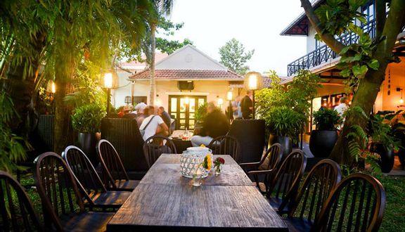 Mad House Restaurant - Món Pháp & Việt