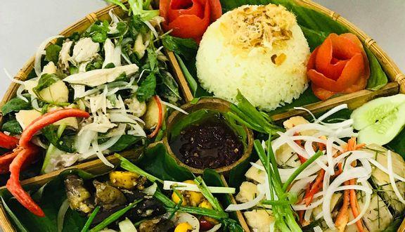 Cơm Gà Tam Kỳ Hồng Nga - Phan Xích Long