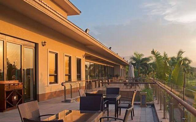 Sky Lake Resort & Golf Club - Hồ Văn Sơn