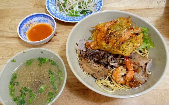 Tân Hương Nam Quán - Mì & Bánh Canh
