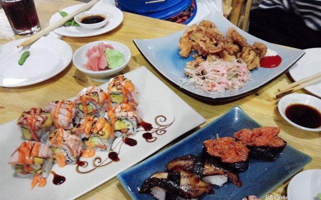 Street Sushi - Đội Cấn