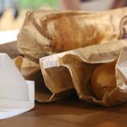 Chưa bao giờ ăn ở đâu lại tuyệt đến vậy, phomai béo ngậy, bánh mì giòn tan