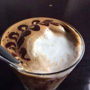 Bắc Việt Hồ Sen không gian rộng, view ổn. Vẫn luôn nghiền mất cà phê sữa dừa của quán 👍👍👍