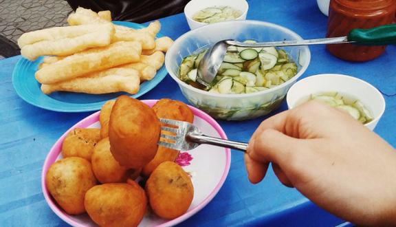 Bánh Bao Mặn Quẩy Nóng & Cơm - Trần Phú