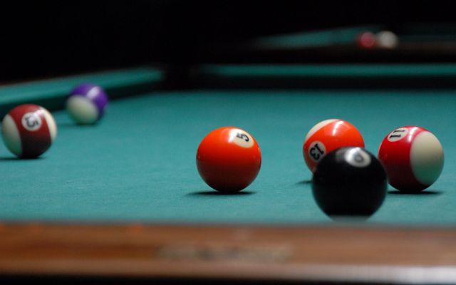 Ánh Sáng 2 Billiards
