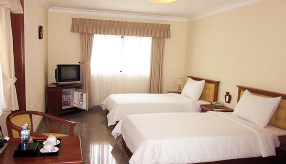 Đông Phương Hotel