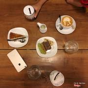 Mixed cookie + flan gato + cappuccino
